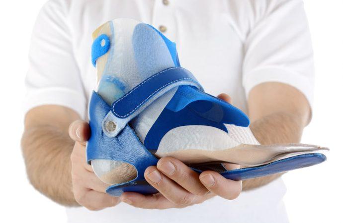 Jak właściwie dobrać obuwie ortopedyczne dla dziecka? – poradnik