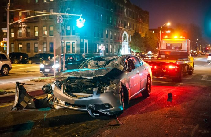 Wypadek a kolizja – podstawowe różnice