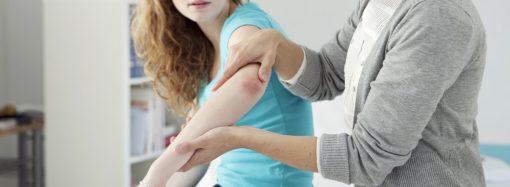 Jak radzić sobie z łuszczycą? – domowe i specjalistyczne metody