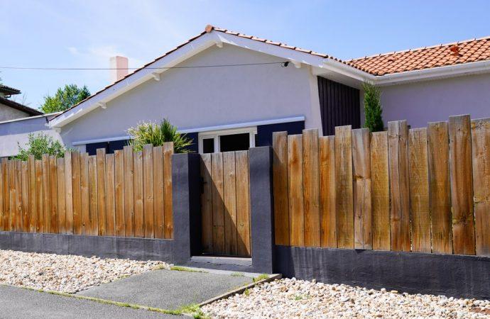 Projekt ogrodzenia palisadowego – co powinien zawierać?