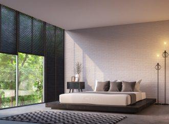 Dlaczego warto mieć rolety zaciemniające w sypialni?